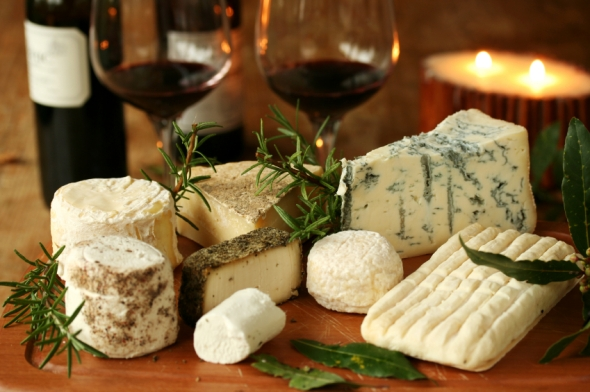 """Say Cheese"" Photo Contest Celebrates wine and cheese pairing event on the Cayuga Lake Wine Trail - image: travelmaven"